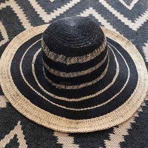 Billabong Straw Floppy Beach Hat